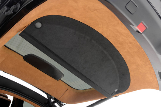 Leather liftgate trim