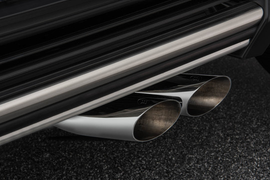 Sport exhaust system with actively controlled flaps chromed