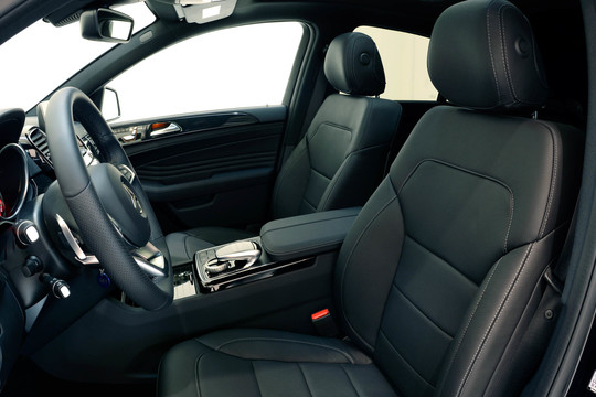 BRABUS fine leather/Alcantara Innenausstattung Ausführung wie Serie